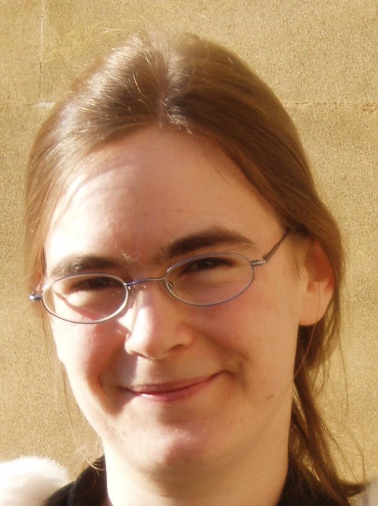 Dr Julia Goedecke
